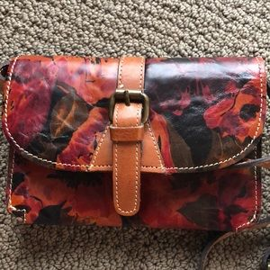 Handbags - Patricia Nash Tori crossbody purse